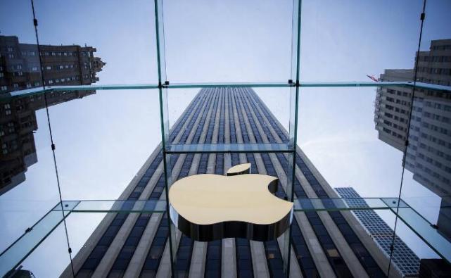 数据运营丨iPhone为何在华受挫:和国产机雷同 APP不接地气