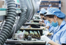 电商平台争夺百万外贸厂长,他们的投票正在改变巨头的未来!